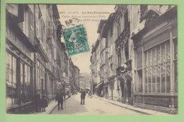 LE PUY EN VELAY : La Rue Pannessac, Vieilles Maisons Renaissance. TBE. 2 Scans. Editition Margerit Brémond - Le Puy En Velay