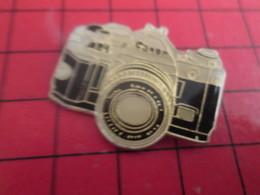 713i Pin's Pins / Beau Et Rare / THEME : PHOTOGRAPHIE / APPAREIL PHOTO REFLEX CANON AE-1 - Photographie