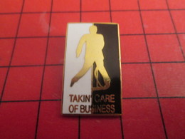 713i Pin's Pins / Beau Et Rare / THEME : MUSIQUE / ELVIS PRESLEY ROCK 'N ROLL TAKIN'CARE OF BUSINESS - Musique