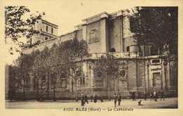 ALES (Gard)La Cathedrale RV - Alès