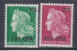 Réunion N° 384 / 85  XX  Marianne De Cheffer, Les 2 Valeurs Surchargées CFA, Sans Charnière, TB - Neufs