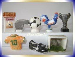 Foot, Les Objets Du Foot .. Série Complète... Ref. AFF : 21-1998 ...(pan 0031) - Sports