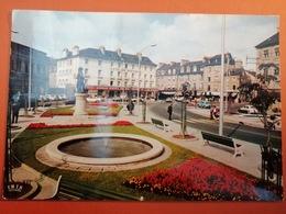 -Dinan-La Place Duclos Et L'hotel De Bretagne- - Dinan