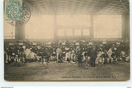 PARIS - Marche De L'Armée 29 Mai 1904 - Galerie Des Machines - Le Vestiaire Après La Marche - Autres