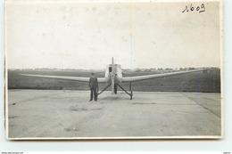 Le Bourget - Air France - Homme Près D'un Avion - N°1609 (Photo Format Cpa) - Aérodromes