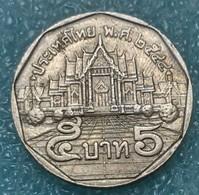 Thailand 5 Baht, 2544 (2001) -1475 - Thailand