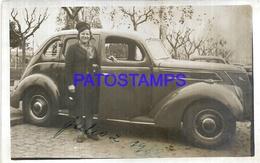 112753 AUTOMOBILE OLD CAR AUTO SEDAN AND WOMAN YEAR 1938 POSTAL POSTCARD - Postales