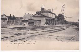 28 Eure Et Loir -  EPERNON -  La Gare - Etat - Epernon