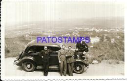 112767 AUTOMOBILE CORDOBA OLD CAR AUTO SEDAN AND MAN'S YEAR 1934 PHOTO NO POSTAL POSTCARD - Postales