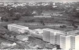 AFRIQUE NOIRE - CONGO Brazzaville - L'HOPITAL - Jolie CPSM Dentelée Noir Et Blanc PF - Black Africa - Brazzaville