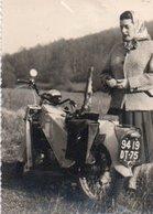 95Eb  Photo Environs De Dijon Moto Cyclomoteur Tacot 1955 - Motorbikes