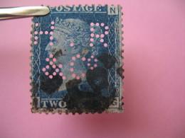 Perforé Perfin Lochung , Great Britain  QV 2p Bleu  HR&C° - Grande Bretagne Queen Victoria 2p Bleu   See, à Voir - Perfins