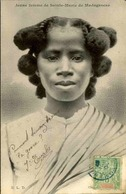 ETHNIQUES - Carte Postale - Jeune Fille De Sainte Marie De Madagascar - L 29897 - Africa