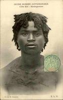ETHNIQUES - Carte Postale - Jeune Homme De Antsihanaka - L 29898 - Afrique