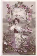 "CARTE FANTAISIE . CPA. "" SAINTE MARIE "" PORTRAIT DE JEUNE FEMME ET GLORIETTE DE ROSES. ANNEE 1909 + TEXTE - Verjaardag"