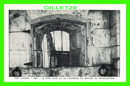 LÉVIS, QUEBEC - FORT LAUZON, 1865, LE PONT LEVIS VU DE L'INTÉRIEUR DU BASTION DU PRINCE-ARTHUR - - Levis