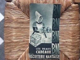 DOCUMENT COMMERCIAL DÉPLIANT  BISCUITERIE NANTAISE  BN  Les Beaux Cadeaux  NANTES - Food