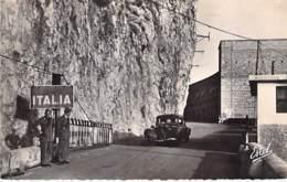 DOUANE Douanes - 06 DOUANES Poste Italien ( Bon Plan Traction Citroen ) CPSM PF 1951 ( Dogana Duana Aduana Zoll Custom ) - Douane