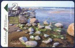 LATVIA - LETTLAND - LETTONIE LATTELEKOM 2 LATI CHIP PHONECARD TELECARTE BALTIC SEA SHORE 1998 - Letland