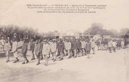 17. LA TREMBLADE. CPA. LES TIRAILLEURS MALGACHES EN 1917. EN ORDRE DE MARCHE - Guerre 1914-18