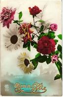 CPA FANTAISIE FLEURS - BOUQUET COMPOSE DE MARGUERITES ET DE ROSES - BONNE FETE - 1924 - Flowers