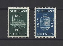 PAYS-BAS.  YT  N° 325/326  Neuf *  1939 - 1891-1948 (Wilhelmine)