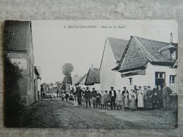BOUQUEMAISON  RUE DE LA GARE - France