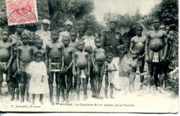 N°72955 -cpa Guyane -Maroni -le Capitaine Bonni A Patou Et Sa Famille- - Autres