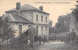 02 - MONTLEVON : La MAIRIE Et Les ECOLES ( Bonne Animation : Groupe D'enfants ) CPA Village (300 Habitants) - Aisne - France