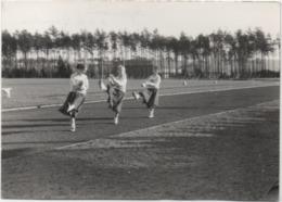 Fotografia Cm. 7,5 X 10,5. Retro: A.F.B. Ramstein Partita Di Football 1957 - Sport