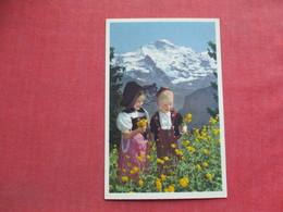 Children In Swiss Mountain   Ref 3373 - Europe
