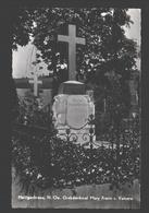 Heiligenkreuz - Grabdenkmal Mary Freiin V. Vetsera - Heiligenkreuz