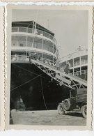 Rare Paquebot Voiture Embarquement 20s 30s Snapshot Rampe Boat Bateau - Bateaux