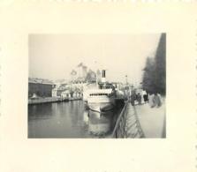 BATEAU VILLE D'ANNECY PHOTO ORIGINALE FORMAT  5.50 X 5 CM - Lieux