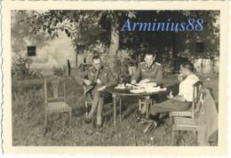 Campagne De France 1940 - Officiers De L'Abt. IV A à Novion-Porcien - 12. Armee (AOK 12) - Abteilung IV A - Westfeldzug - Guerre, Militaire