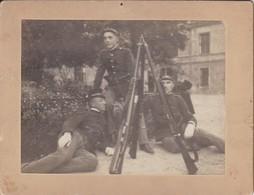 Foto Auf Karton - 3 Soldaten Mit Gewehren - K.u.k. Armee (?) - Ca. 1900 - 10*7,5cm (41252) - War, Military