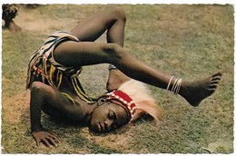 Afrique En Couleurs Petite Danseuse (2 Scans) - Cartes Postales