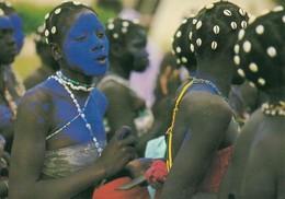 Afrique En Couleurs Jeunes Danseuses (2 Scans) - Unclassified