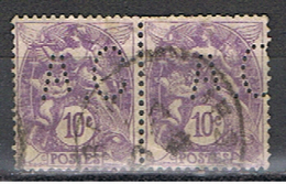 (1F 626) FRANCE // YVERT 233 X 2 TYPE BLANC // PERFIN / PERFORE A C // 1927-31 - Francia