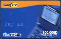 VIETNAM VINACARD VINAPHONE 300.000 DONG PRE-PAID REMOTE MEMORY PHONECARD TELECARTE VERY GOOD - Vietnam