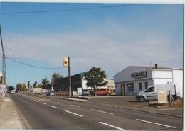 CPM 79 SAINT VARENT ... Avenue Des Platanes, Les Garages (Livenais DI090918) Garage Renault - Autres Communes