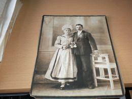 Old Cardboarad Wedding Big National Costumes - Persone Identificate