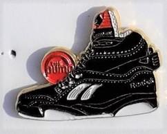 Z128 Pin's Chaussure Basket Marque THE PUMP REEBOK Achat Immediat - Markennamen