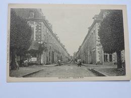 RICHELIEU -  Grande Rue  Ref 1682 - France
