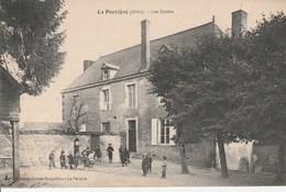 La Perriere Orne Les écoles - France