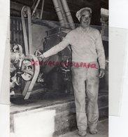 87- MEUZAC-RENE LABORIE SE SOUVIENT DU STACCATO DES MACHINES DU VIEUX MOULIN- MINOTERIE- RARE PHOTO ORIGINALE - Persone Identificate