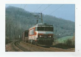 LA BB 15062 ET UN LONG TRAIN DE MARCHANDISES EN DIRECTION DE L'EST S'INSCRIVENT DANS LA COURBE DE PISSELOUP HAUTE MARNE - France