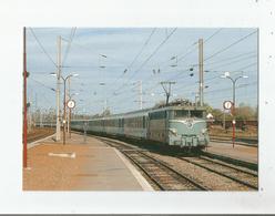 L'EXPRESS ST QUENTIN -PARIS TRACTE PAR UNE BB 16000 ENTRE EN GARE DE TERGNIER (02) SEPTEMBRE 89   (17) - Frankreich