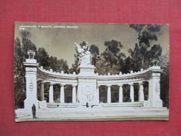 RPPC----- Mexico--- Monumento A Benito Juarez    Ref 3374 - Mexico
