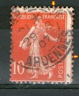 N° 135° _Double Piquage Sur Rouge Vif - 1906-38 Säerin, Untergrund Glatt